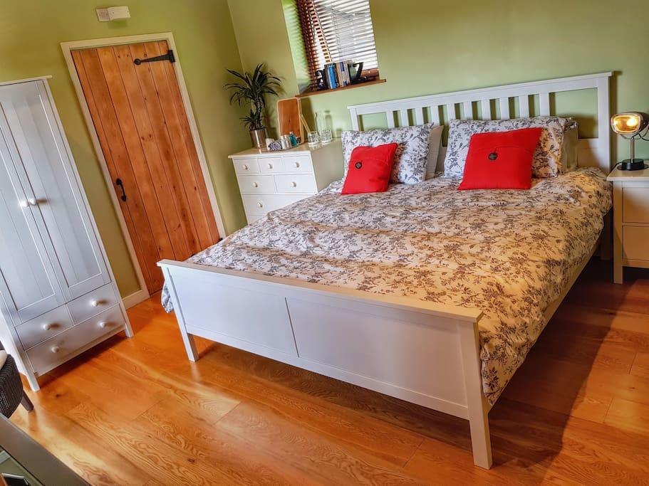 The Beeches Bedroom with Super King Bed.