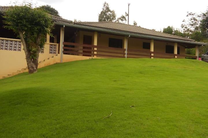 Casa de Campo - Sítio Estrela