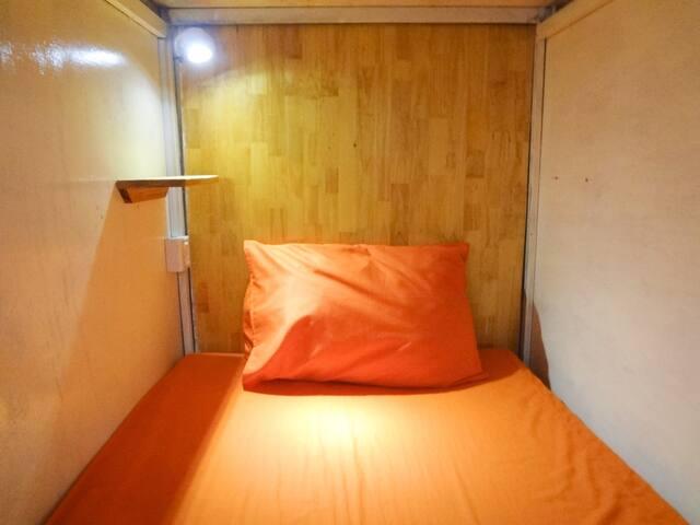 Female Dorm!!Nightmarket,PUBstreet,Angkor@SiemReap