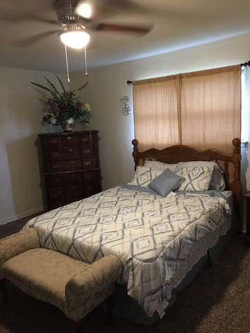 Large Master Bedroom & Private Bath business type