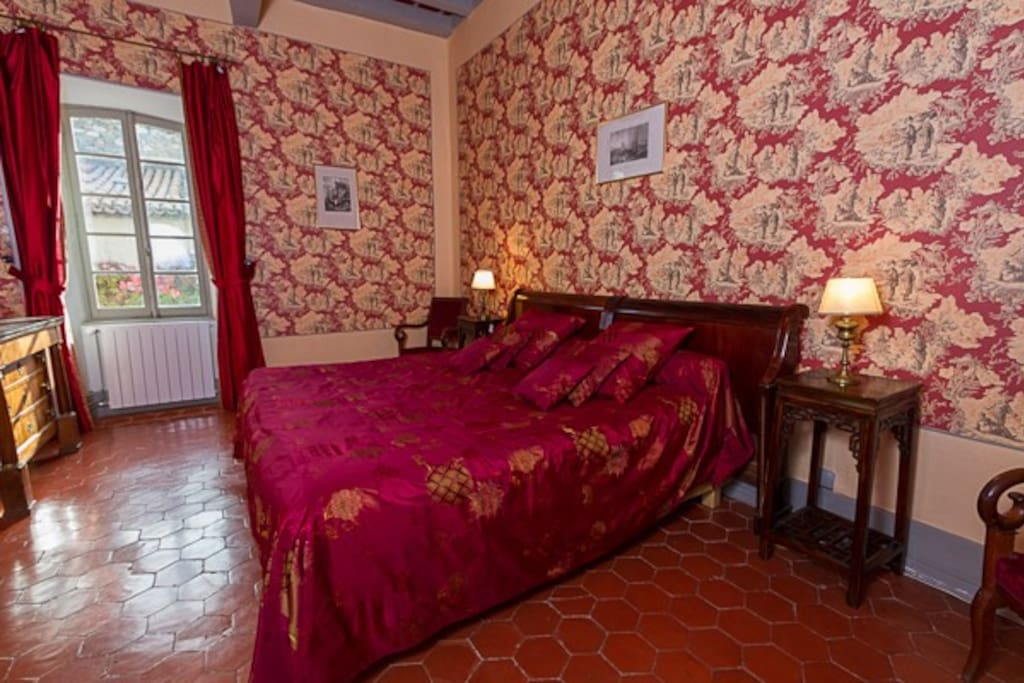 Ch teau d 39 agel chambre chinoise bed and breakfasts en for Chambre chinoise