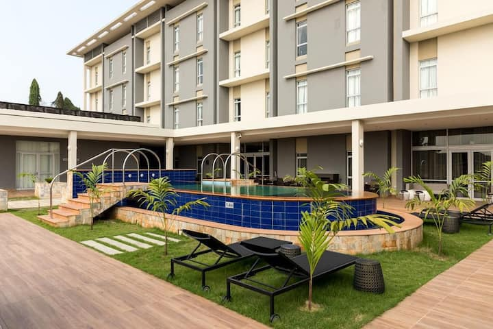 FIVE START PROTEA HOTEL BY MARRIOTT OWERRI
