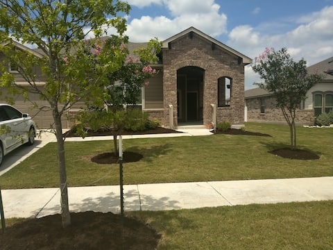 A Cozy Comfortable stay in Pflugerville Tx