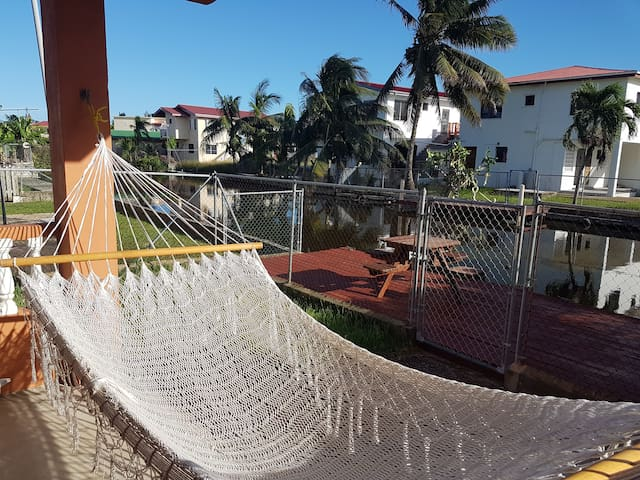 Casita Mia Apartment in Belize City