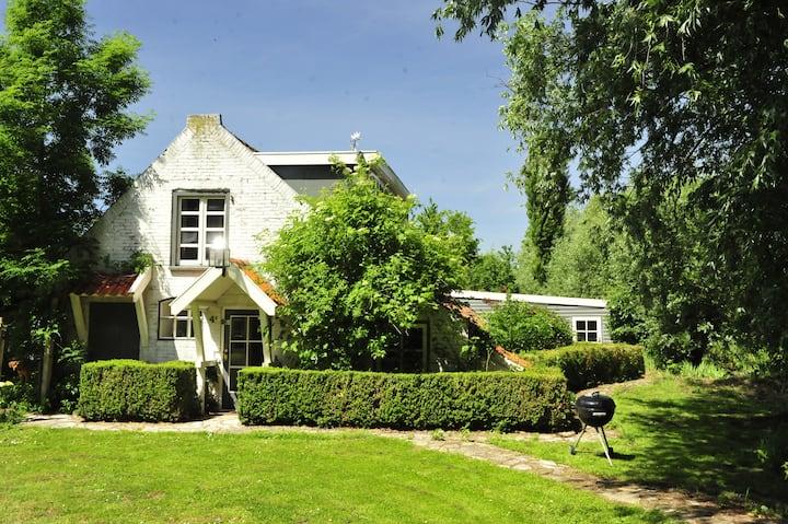 Dreamhouse in private estate