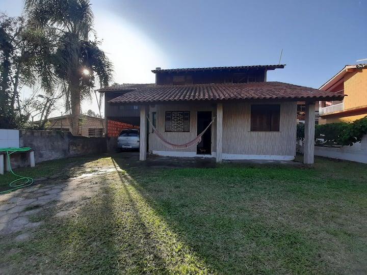 Hostel com ambiente familiar perto de tudo noRosa