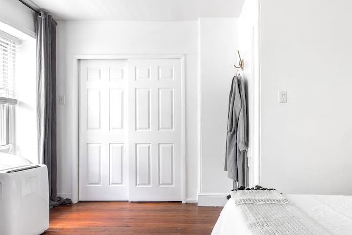 Ննջասենյակ 1