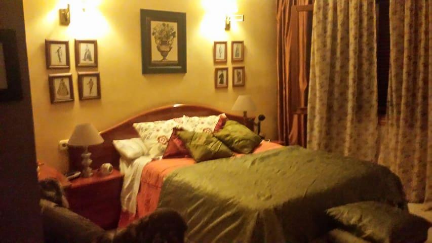 alquiler habitacion doble+baño - Santa Eugènia