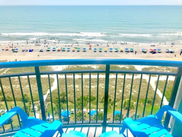 Beautiful Oceanfront/remodeled/Boardwalk