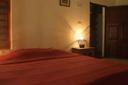 ISAI AMBALAM guest house - Kitchen Double