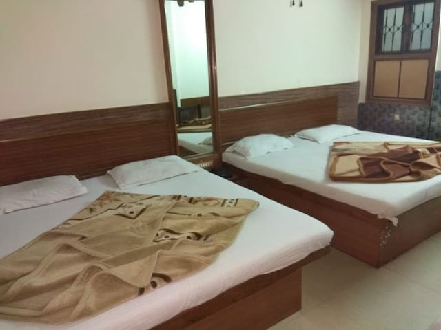 affordable rooms for 4 persons only