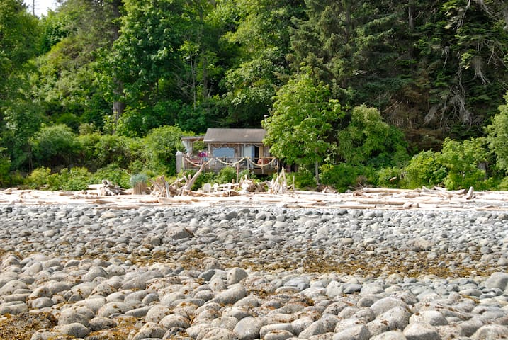 Camping Fancy Quadra Island Style - Quathiaski Cove - House