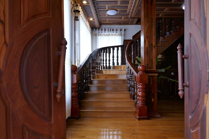 Secret Wooden House|5min to Pubstreet with air-con - Siem reap