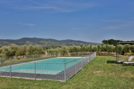 Apartment in the heart of Tuscany - Bed & Breakfast