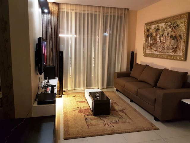 Comfort Private Apartement: Central Park Residence - Palmerah - Apartment