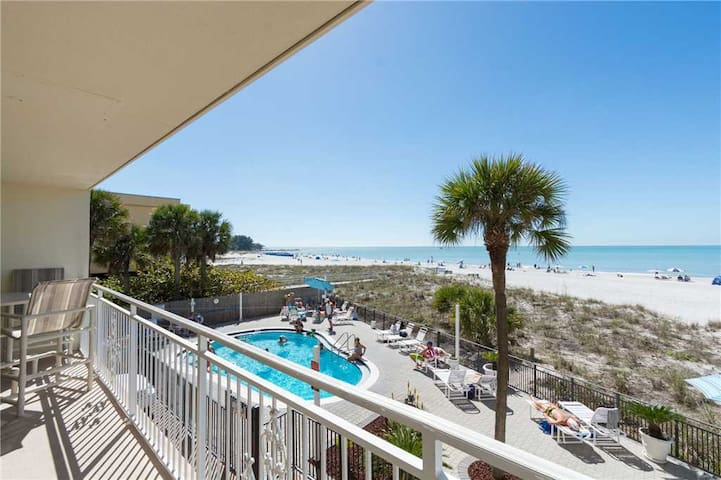 Direct Beach Front Balcony - Watch the Dolphins, Manatees  Sunsets - Listen to the Waves from the Master Bedroom - Free Wifi - #110 Madeira Norte Condo