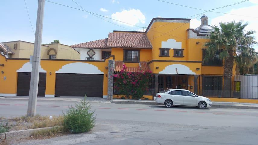 Habitación de Lujo Familiar privada