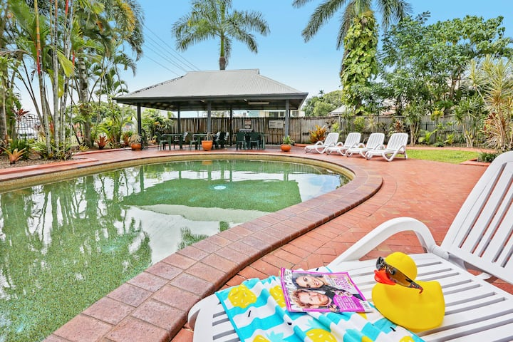 Cairns City - Spacious 1 Bedroom