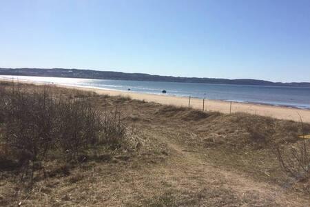 Strandnära villa utanför Båstad - Laholm V