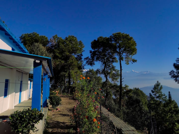 Vacation Cabin in Tea Estate Facing the Himalayas