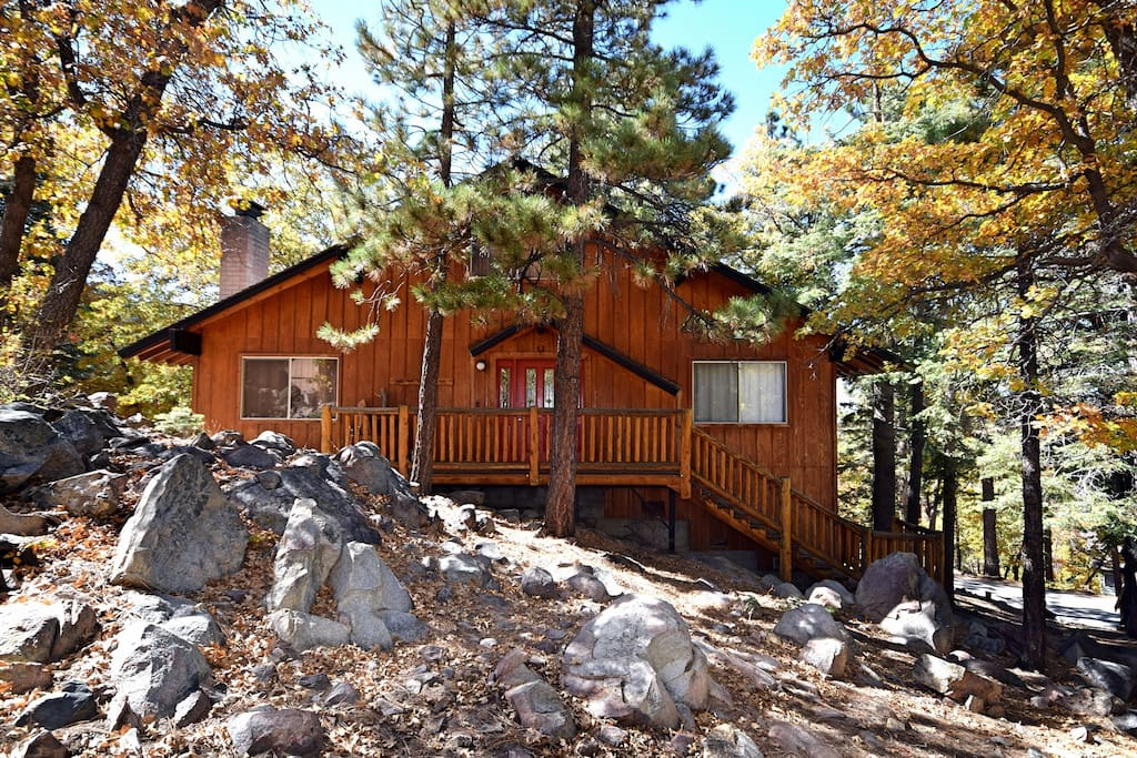 Aspen forest near hikes foosball cabins for rent in for Cabins for rent in big bear lake ca