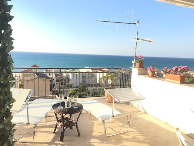 Private House, amazing view. Near Zingaro,Scopello