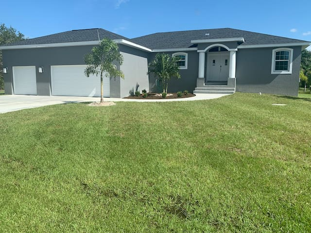 Brand new 3 bed 2 bath with heated salt water pool
