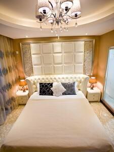 大东海金茂精装高层海景蜜月房,免费Wi-Fi, 24小时热水,享受阳光海景 - Appartamento