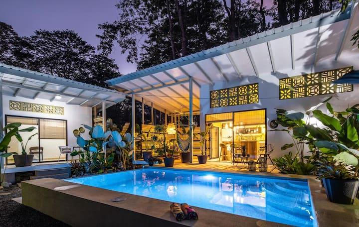 Casa Pura Vida ( new listing)