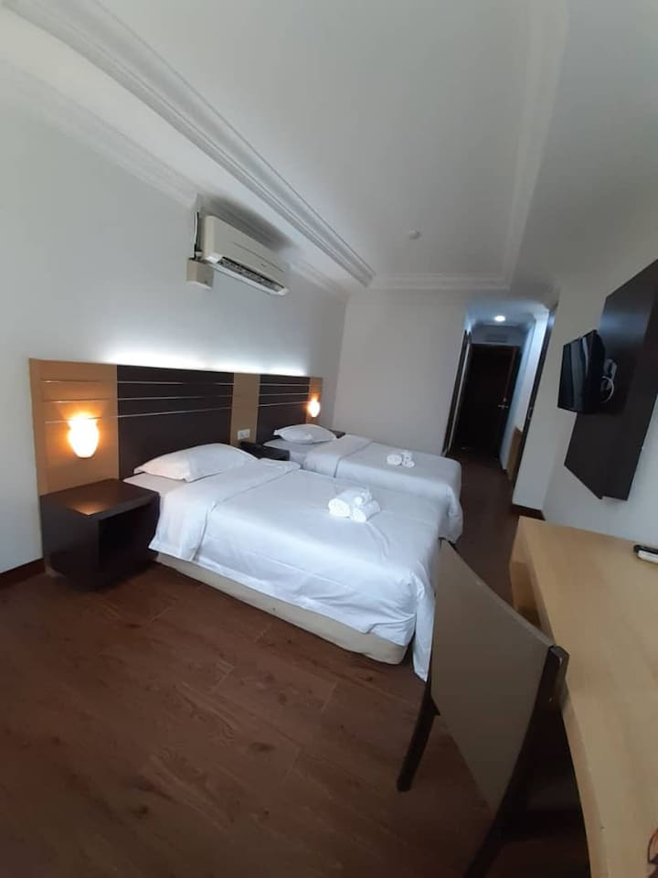 Standard Twin Room with 2 single beds