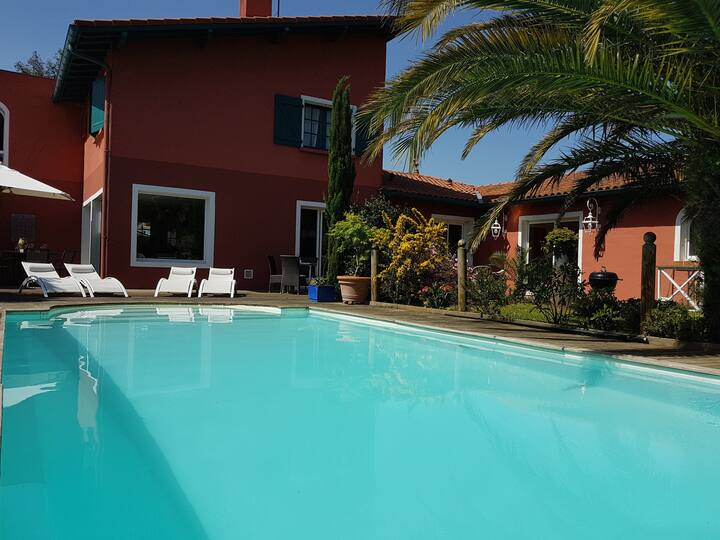 Villa entre Biarritz et Hossegor-Piscine chauffée