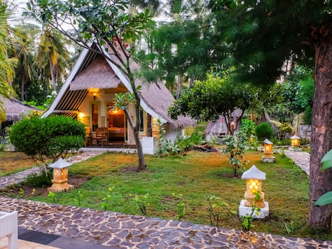 Cozy Room Front Beach In Gili Air+Swimming Pool