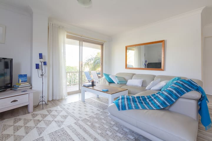 Groovy Manly Beach Unit to Rent