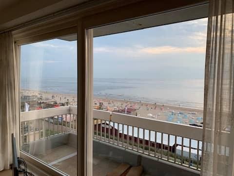 Moderne Strandwohnung mit herrlichem Meerblick!