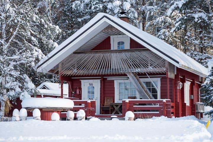 Onnenkivi Cottage, Ilomäki farm