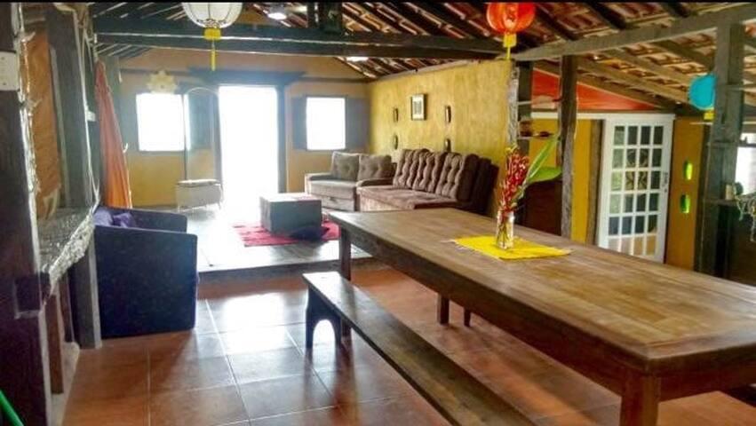 Bonita y espaciosa Casa