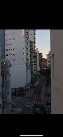 Suíte Barra Sul na Av Brasil localização turística