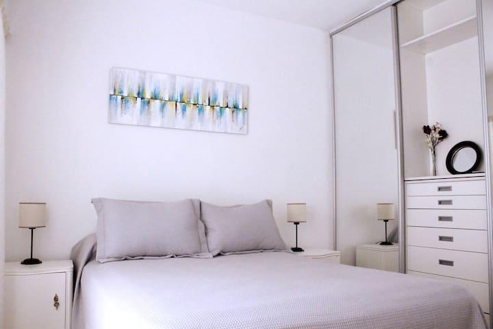 Elsa's Place - Cozy flat next to San Telmo