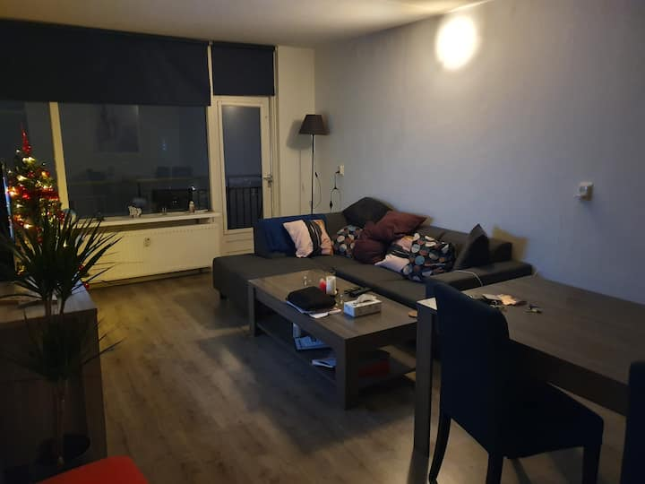 Appartment close to city center and station