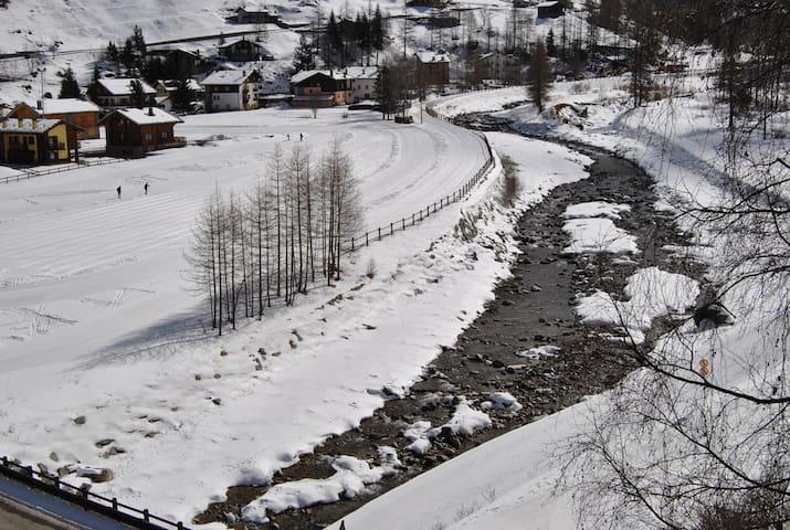 Accesso diretto alle piste di sci da fondo