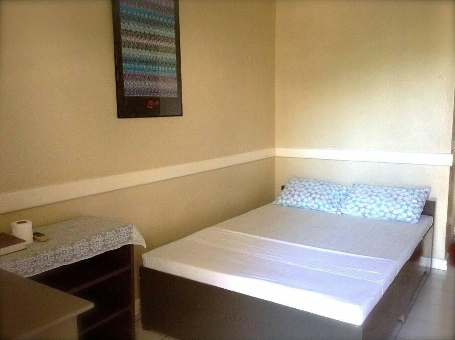 1 Matrimonial Bed