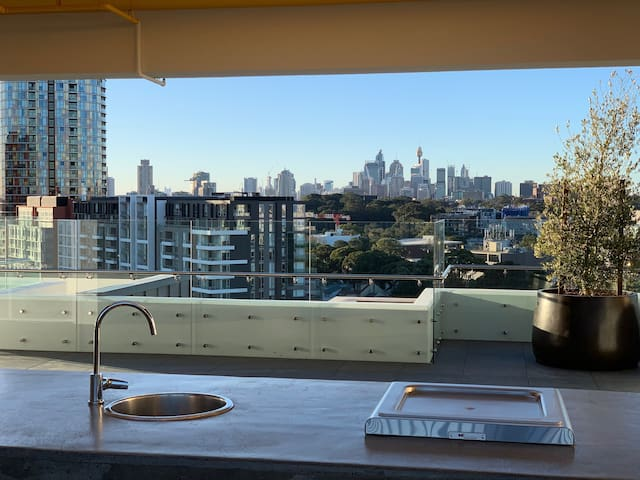 Brand New Apartment Near Sydney CBD