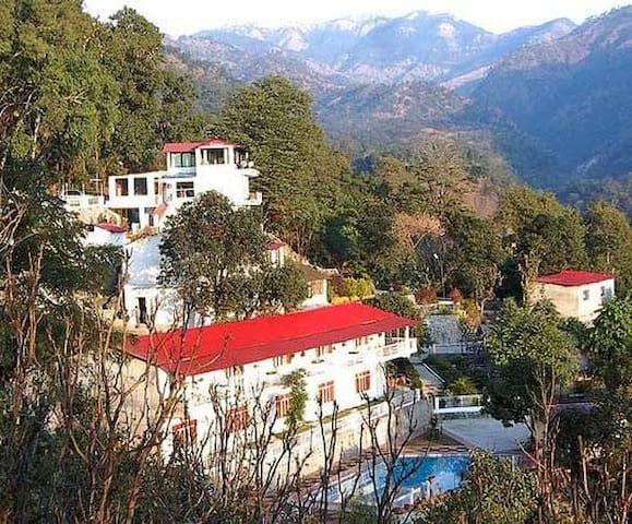 Janardan Resort Dolmar, Nainital