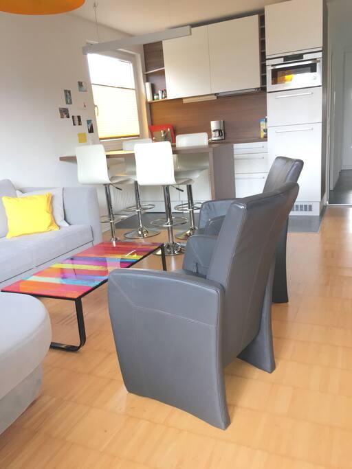 living room & kitchen | Wohnzimmer & Küche