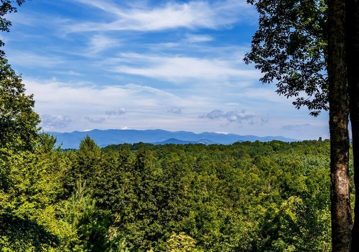 Brevard Retreat Home with Amazing Long Range Views
