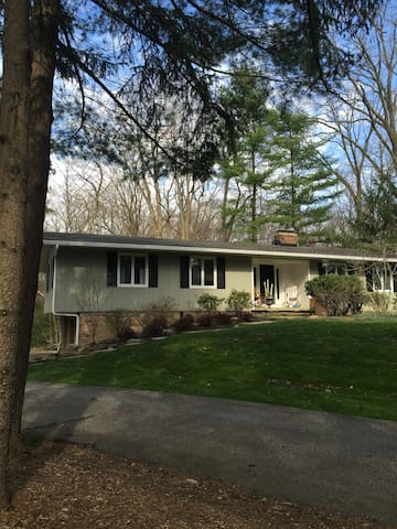 House rental for RNC,  1 week only July 16 - 23 - Chagrin Falls - Ev