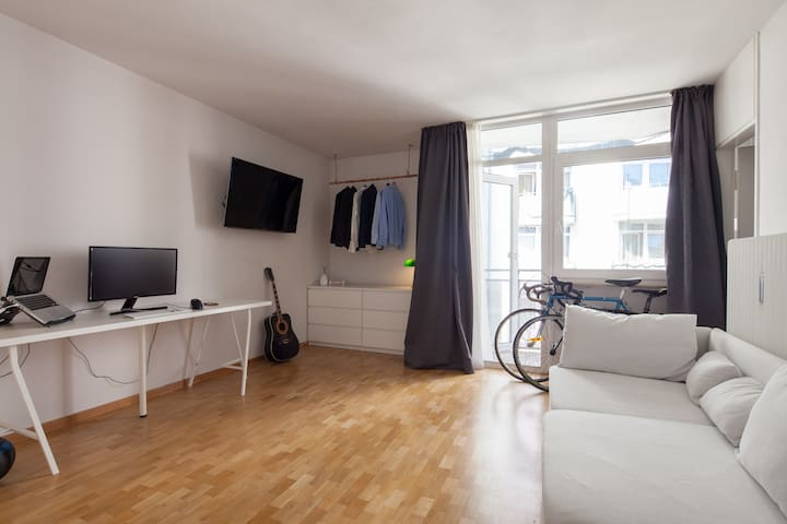 Apartment close to English Garden& Central Station - München - Apartment