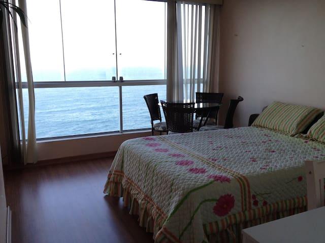 Apartamento com vista para o mar - Guarapari - Departamento