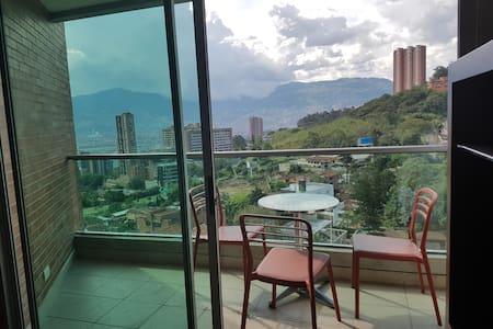 Amazing Loft Poblado Blux - Medellín - Appartement