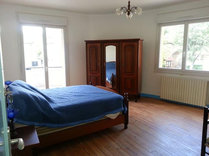 Chambre double proche Bergerac dans appartement